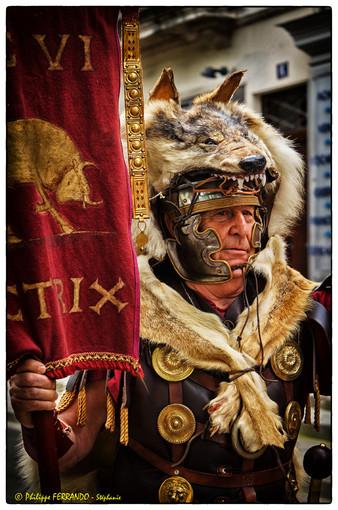GRANDS JEUX ROMAINS NIMES 2013 - LE DEFILE GUY ROUVIERE