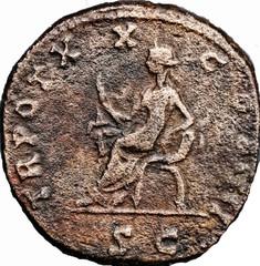R/ Sécurité assise à gauche, tenant un sceptre et s'appuyant sur une corne d'abondance. SC sous La ligne de sol. TR POT XX-COS IIII Sesterce, W18, Rome, Ric 367, 156-157, W18, C1.
