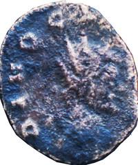 CLAUDE II LE GOTHIQUE (268-270)  58 A/ Tête radiée à droite. DIVO CL(