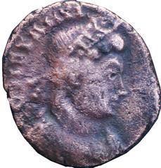 CONSTANTIN I (306-337)  62 A/ Buste diadémé à droite, drapé et cuirassé. CONSTANTI(