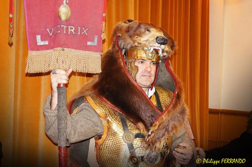 COR'ARLES AVEC LEGIO VI VICTRIX ARLES