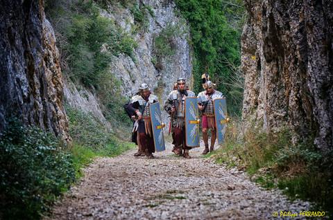 LEGIO VI VICTRIX MARCHE A GLANUM ALPILLES